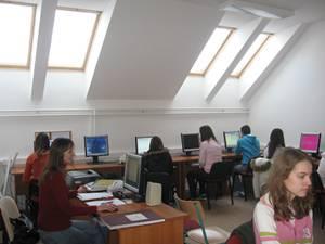 """Učionica u Ekonomskoj školi """"Nada Dimić"""""""
